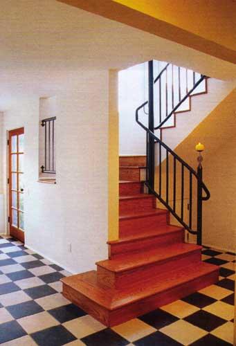 Лестницы в загородных домах