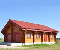 Рубленый гараж с техническими помещениями